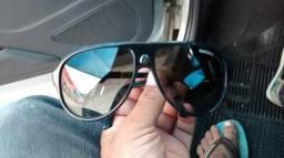 Óculos Carrera 32