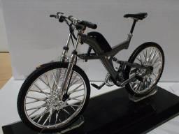Bike Collection Escala 1:10 Bmw Q6s Xtr (bicicleta)