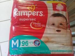 Fraldas Pampers 96 fraldas M