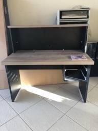 Mesa de computador ou estudos