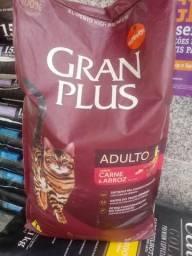 Ração Gran plus 10kg gato / carne e arroz