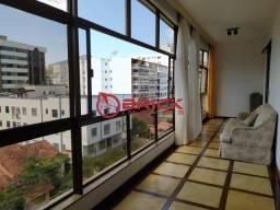 Apartamento com 4 quartos sendo 2 suítes + dependência completa em Agriões.
