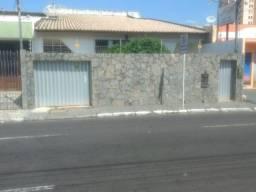 Casa na rua Guilhermina Rezende, n° 341, bairro Salgado Filho.