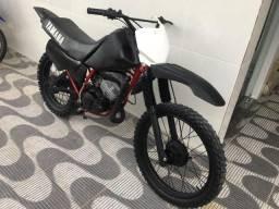 Yamaha DT 180cc - Só no ponto de rodar (aceito propostas) - 1985