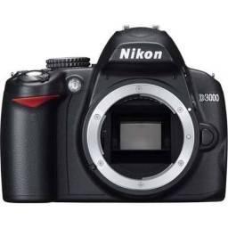 Nikon D3000 CORPO