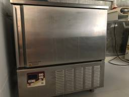 Ultracongelador italiano