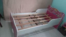 Mini cama infantil com colchão