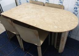 Mesa lateral (de canto) em mármore bege