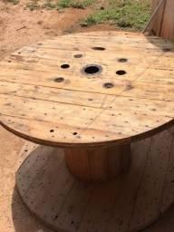 Título do anúncio: Vendo mesa grande