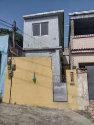 Sobrado - Quarto, sala, cozinha, banheiro e área de serviço. São João de Meriti .