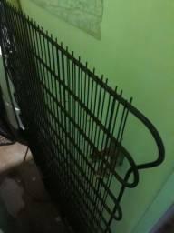 Geladeira usada em bom estado de preservação apenas com problema na Borracha