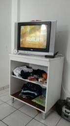 Tv com conversor e mesa.22.polegadas