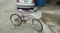 Bicicleta aro 24 com rodinha