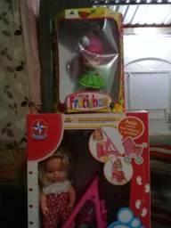 Varios brinquedos novos comprado na bemol todos por 200,00
