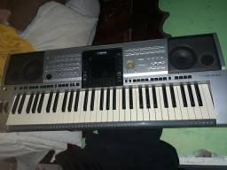Baixei o apreço do teclado yamaha psr3000