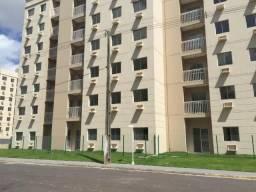 Alugo Excelente Apartamento 2 quartos com garagem, R$1200 com condomínio incluso!