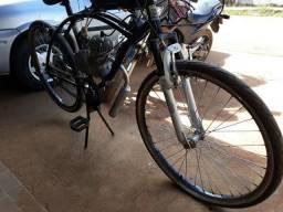 Vendo bicicleta motorizada original.