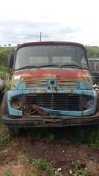 Cabine caminhão Mercedes Benz 1113 1313
