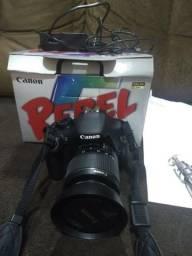 Máquina fotográfica semi_nova cannon