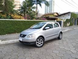 Volkswagen Fox 1.0 2010 Trend completo (Financia)