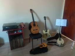 Aulas de Violão, Guitarra, Bandolim e Cavaco.