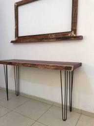 Aparador e moldura para espelho
