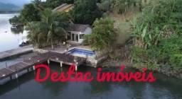 Casa em Condomínio a beira Mar com Píer para atracar Lancha-1.200 m2