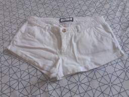 Short jeans curto Abercrombie (P)