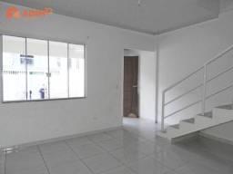 Sobrado à venda com 03 dormitórios, 02 garagens, Santa Regina, Camboriú/SC