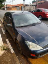 Ford Focus 2002 completo