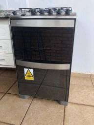 Fogão Brastemp 4 bocas duplo forno cor Inox com dupla chama e timer digital - 110V