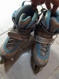 Título do anúncio: Dois patins.