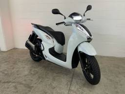 Honda SH300 Sport 2019 Scooter - Financiamos