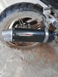 vendo coyote boca 8 e duas lâmpadas uma led e outra com reator pra moto