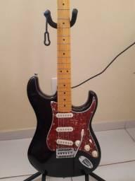 Tagima Stratocaster T530 (apenas venda)