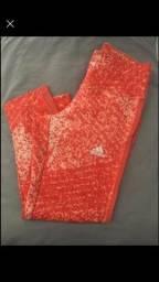 Título do anúncio: Calça adidas original PP