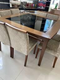 Conjunto Mesa de jantar 8 cadeiras e buffet  usado 3 meses