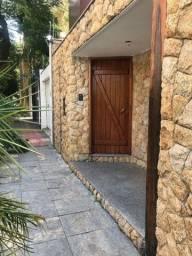 Linda Casa Região da Pampulha/BH