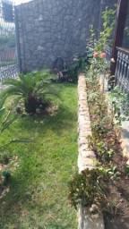 Alugo excelente casa Jardim Europa