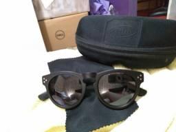 Vendo óculos escuros