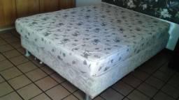 Cama box com colchão casal separado