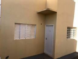 Apartamento no térreo do condomínio Itália V