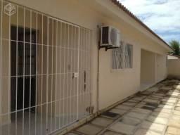 Casa Piscina Condomínio Fechado
