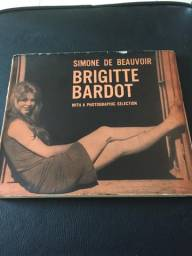 Brigitte Bardot - Simone De Beauvoir