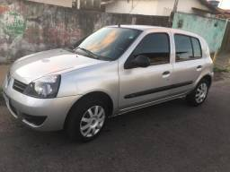 Renault Clio 1.0 16v HI-Flex - 2012