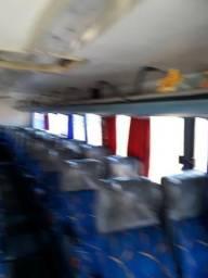 Vendo ônibus 2005