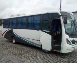 Microônibus rodoviárori Neobus 29 lugares - 2010