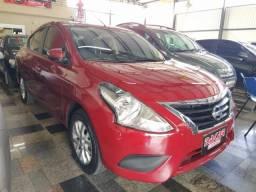 Nissan Versa SV 1.6 Vermelho