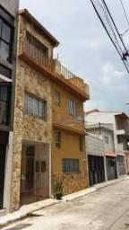 Sobrado com 5 dormitórios para alugar, 300 m² por R$ 2.700,00/mês - Jardim Vila Formosa -