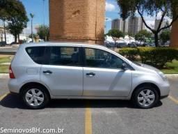 Nissan Livina - Oportunidade (leia) - 2011